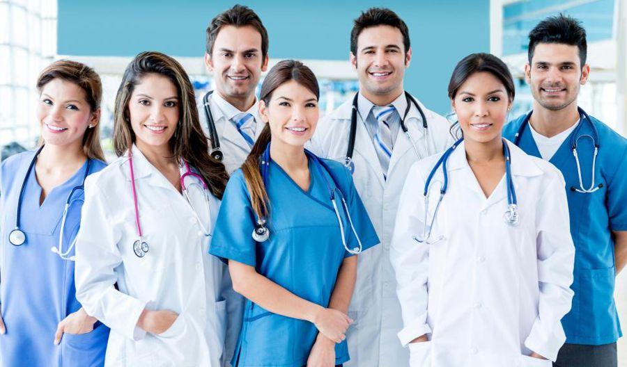 Medici e infermieri sotto la stessa responsabilit arriva for Assicurazione casa generali